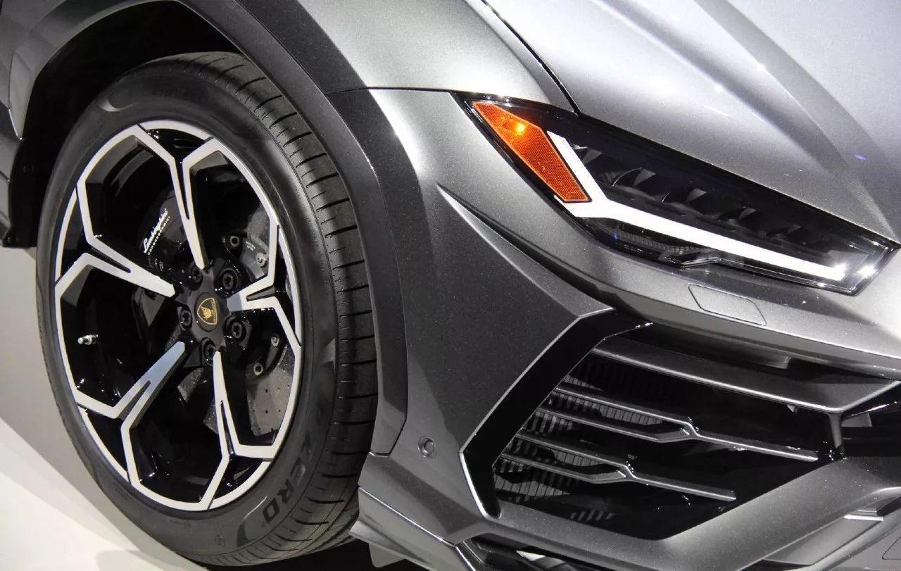 Urus终于来了 兰博基尼告诉你地表最强SUV到底有哪些黑科技