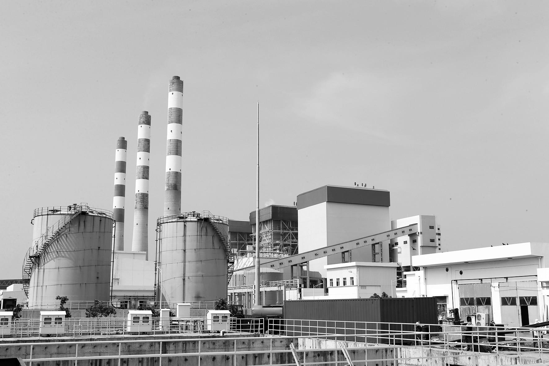 图为中国贷款并承建的斯里兰卡普特拉姆燃煤电站。