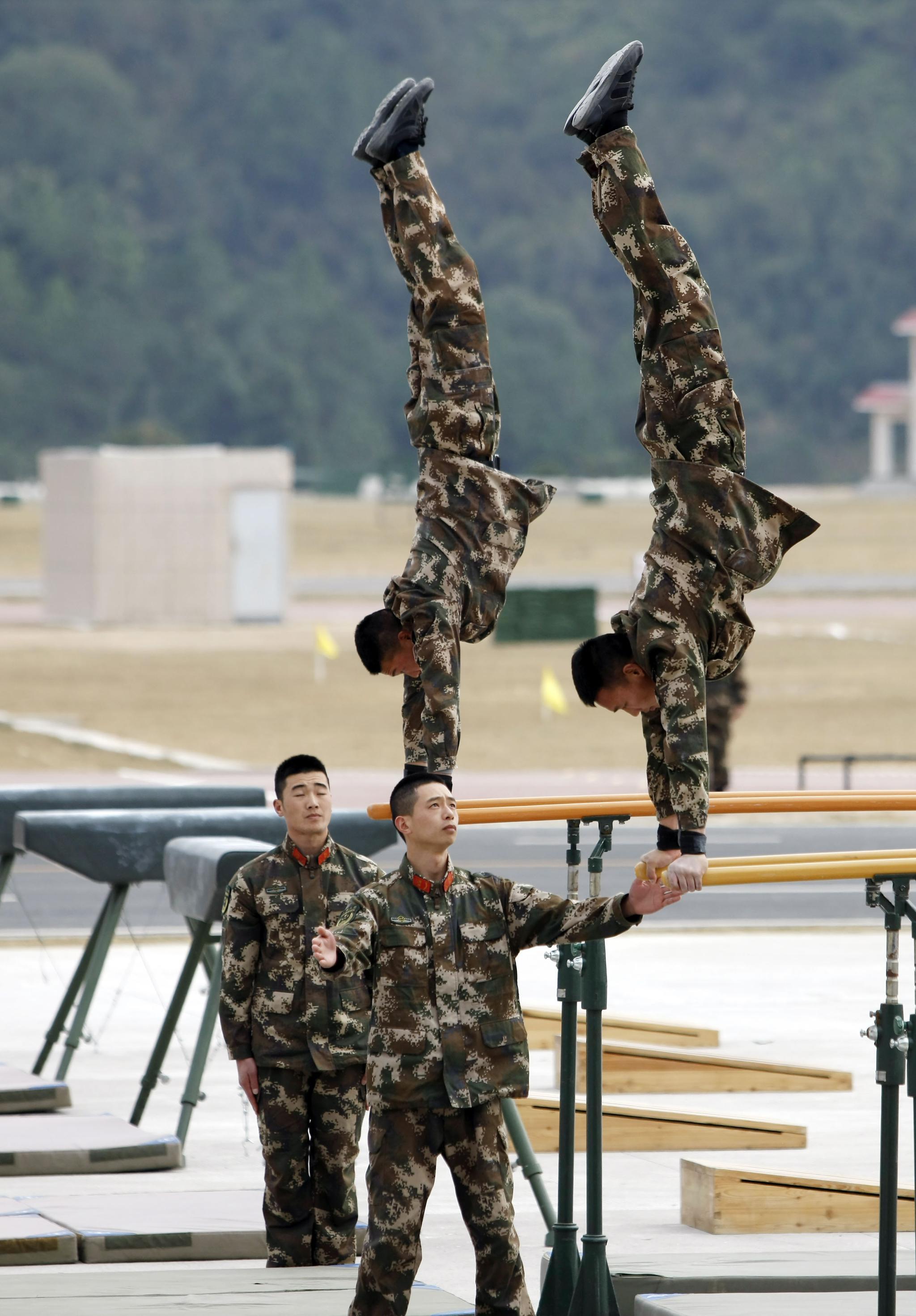武警新训练大纲_武警部队首期新军事训练大纲集训结束|武警部