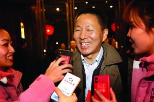 王建军:正在做制度上准备欢迎新经济企业