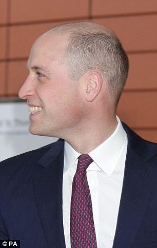 视频|威廉王子头顶剃光 新发型花费180英镑