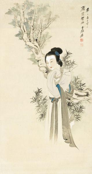 《携梅仕女图轴》张大千 1941年 纸本设色 四川博物院藏
