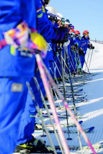 雪场大跃进背后的隐忧:滑雪者的安全意识不可或缺