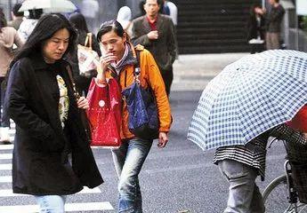冷空气+雨水双重暴击,你的春节出行计划可能要改期!