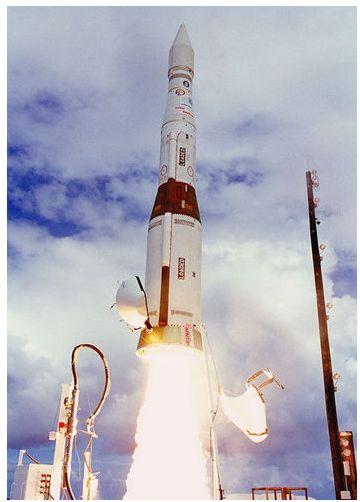 美国陆基中段导弹防御系统的拦截弹发射