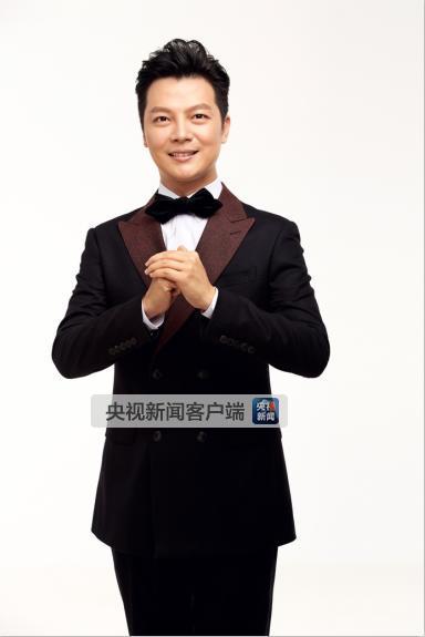 2012年至2016年,曾连续五年担任春节联欢晚会主持人.图片