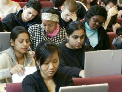 平安彩票会员登录:印度更多人愿到中国留学_印媒:学费低还提供工作