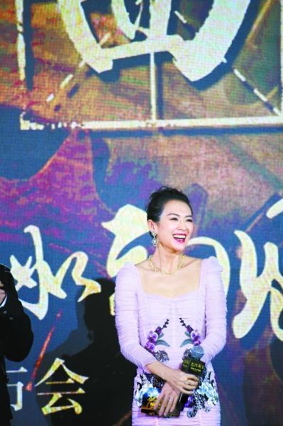 章子怡:我不太懂套路剧本打动了主演们