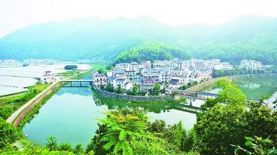 俯瞰下姜村。方茂才摄/光明图片