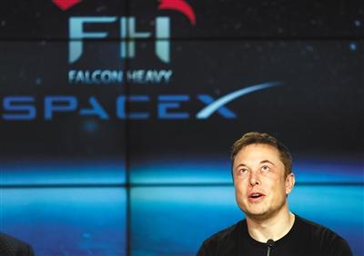 当地时间2018年2月6日,美国佛罗里达州卡纳维拉尔角,SpaceX公司创始人埃隆  </div>     <div id=