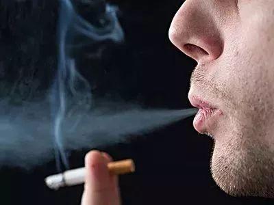 3吸一支烟,血压持续升高15〜30分钟
