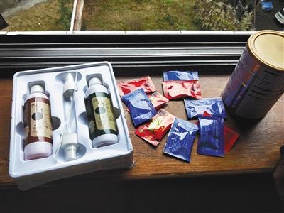 郑正一提供的一些保健品。受访者供图