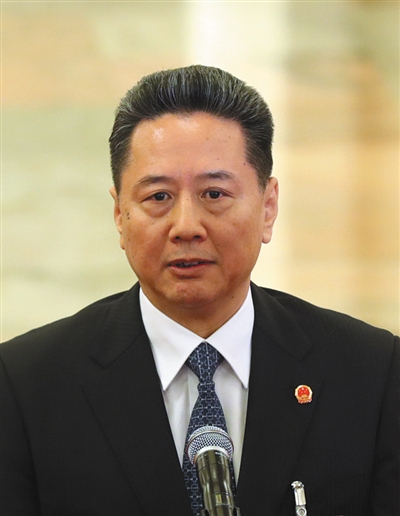 交通运输部部长 李小鹏
