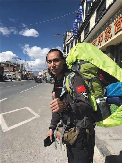 2017年10月,劉銀川為此次進入西藏羌塘無人區做准備。