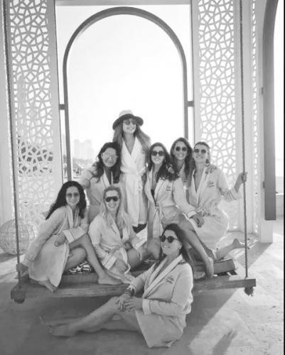 土耳其名媛婚前殒命 7名闺蜜一起坠机遇难