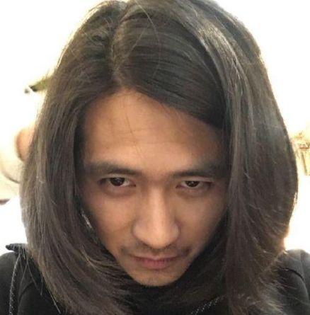 男星长发造型鹿晗上热搜,陈晓增魅力,陈坤却这样?图片