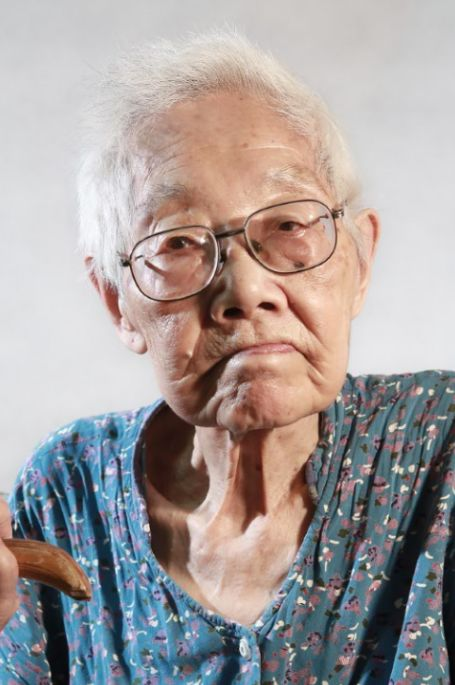 李素云老人
