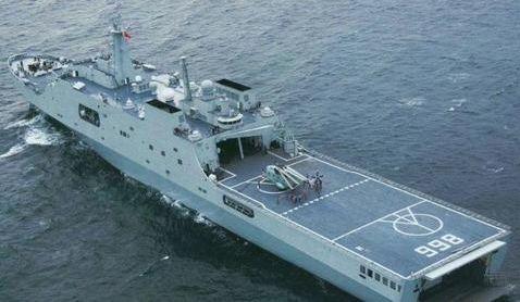 解放军071型船坞运输舰。(资料图)