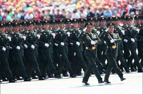 2015年9月3日,中国人民抗日战争暨世界反法西斯战争胜利70周年纪念大会在北京隆重举行(图源:新华社)
