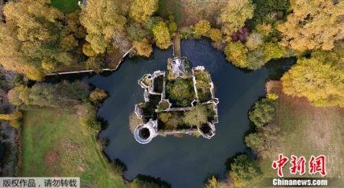 Mothe-Chandeniers城堡建于13世纪,具有悠久的历史,历经沧桑。