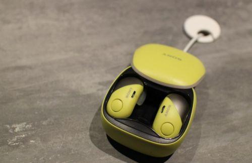 索尼三款全无线以及蓝牙耳机亮相CES 主打时尚运动