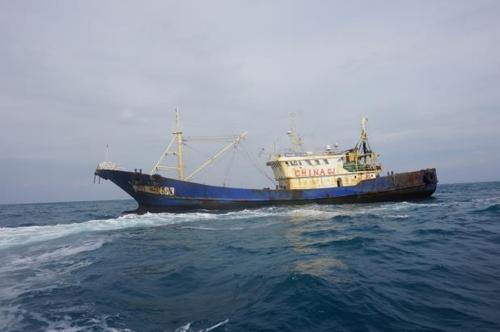 被韩方扣押的中国渔船