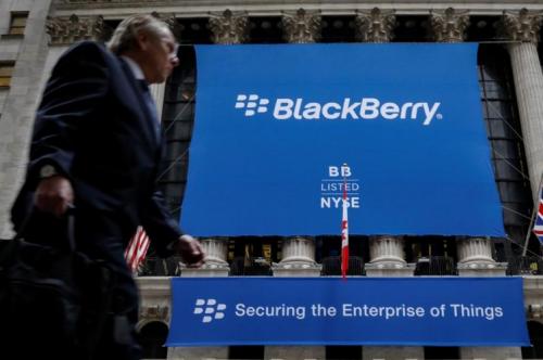 黑莓起诉Facebook:指控后者WhatsApp等应用侵犯其专利