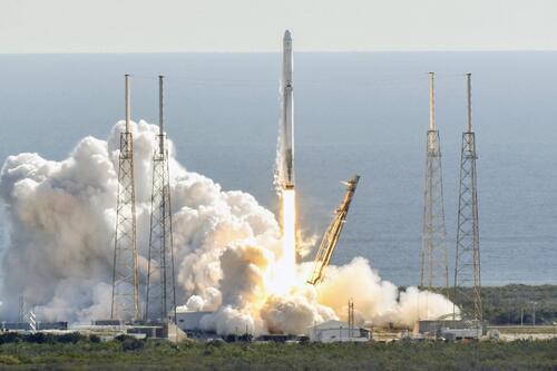 SpaceX首次使用二手火箭二手飞船为国际空间站运送补给