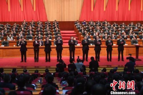 图为重庆市人民政府市长、副市长集体亮相。 陈超 摄