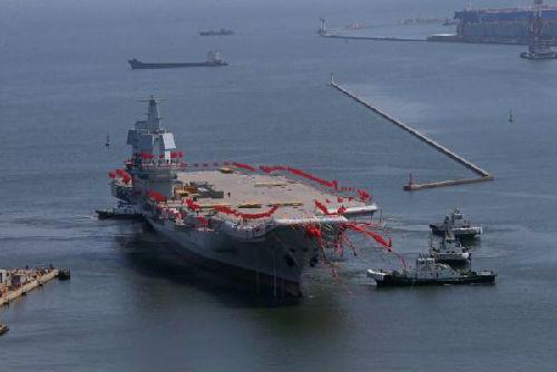 中国自行研制的001A型航母(美国全国广播公司网站)