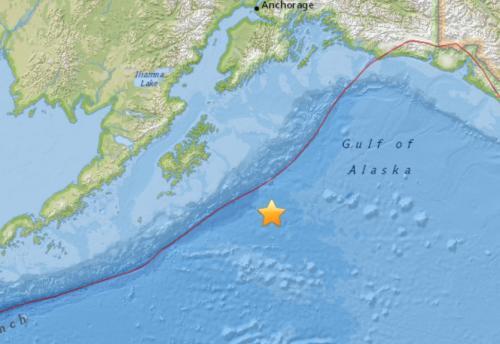 美国阿拉斯加附近海域发生7.9级地震。来源:美国地质勘探局网站截图。