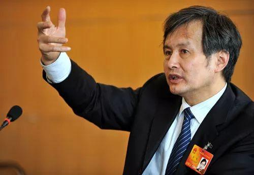 ▲皇明集团董事长黄鸣