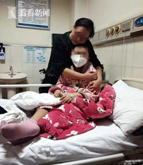 母亲从未放弃治疗女儿白血病 女儿收回遗书(图