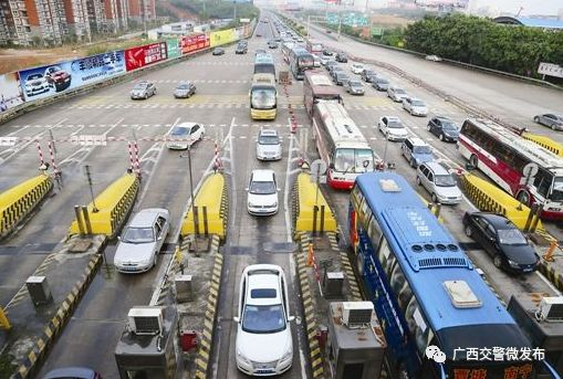 2018年元旦高速不免费!假期绕行路段和最可能拥堵的时段、路段