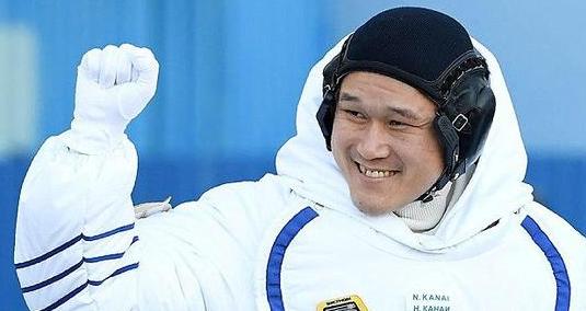 日本宇航员道歉:自己量错了 在太空没长