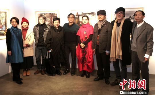 雷锋自由心水论坛两岸艺术家联手 《墨色无界》台北展现跨界艺术飨宴