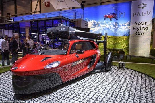 全球首款飞行汽车亮相 售价60万美元[图]