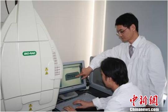 中国中医专家发现哮喘治疗新靶标 登上《Science》子刊封面