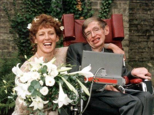 关于人生安乐死自杀 被禁锢轮椅上的霍金曾这么说