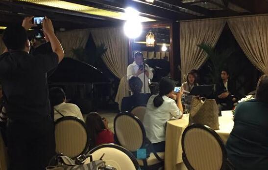 杜特尔特飙唱英文歌。(图片来源:菲律宾电视台gmanetwork网站)