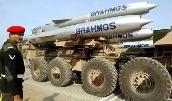 ▲布拉莫斯导弹