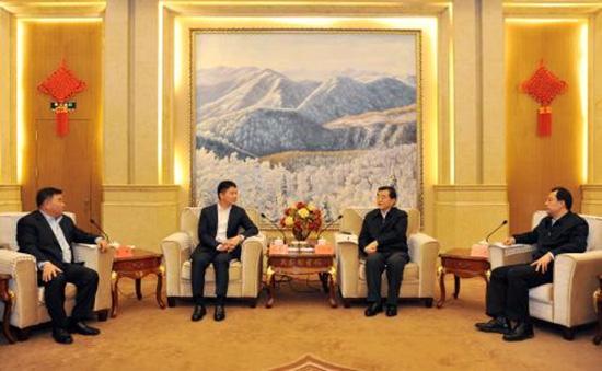 张庆伟陆昊会见京东集团董事局主席兼首席执行官刘强东一行。东北网 图