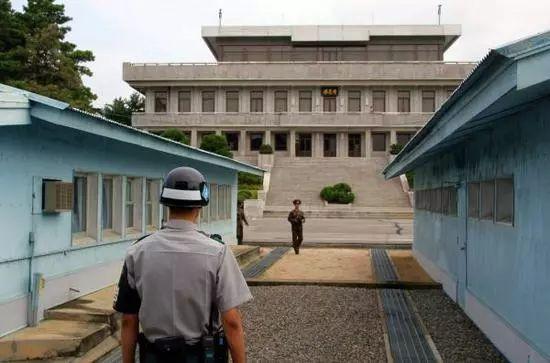 """▲朝鲜接受9日在韩朝边界板门店韩方一侧""""和平之家""""举行会谈的提议。 新华社图"""