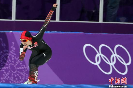资料图:平昌冬奥会速度滑冰比赛。 中新社记者 宋吉河 摄