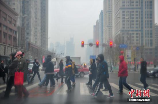 4月寒潮天气造成中国806万人受灾 直接经济损失超150亿元