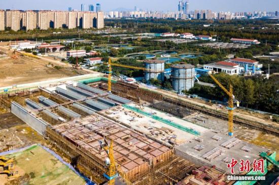 资料图:南京一建设用地。中新社记者 泱波 摄