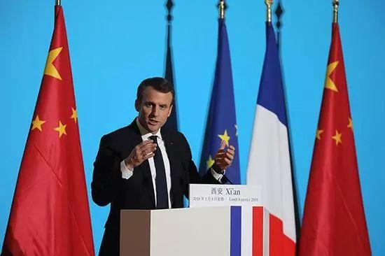 ▲1月8日,法国总统马克龙在西安的大明宫丹凤门举行演讲。