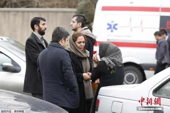 搜救队找到伊朗失事客机残骸 发现45具遇难者遗体