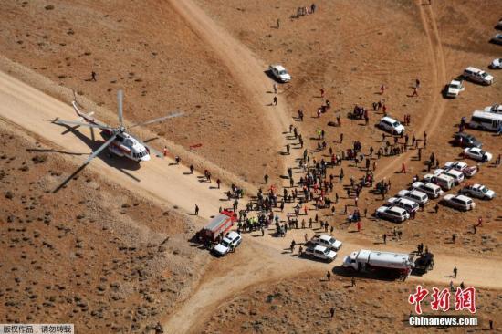 伊朗称找到失事客机黑匣子 发现更多遇难者遗体