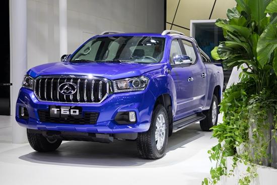 两翼并举、跨界发展 上汽大通燃料电池车FCV80、T60汽油版革新上市